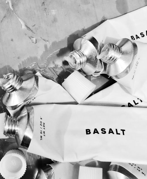 Exfoliating Lip Scrub by Basalt