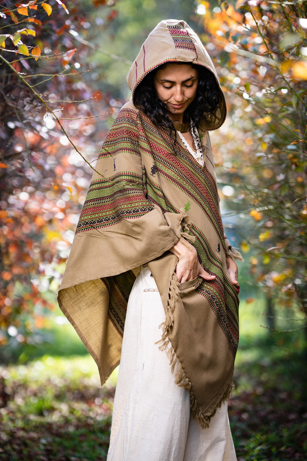 Womens Hooded Poncho Desert Sand Brown Cashmere Wool with Hood Pockets Earthy Tribal Pattern Festival Gypsy AJJAYA Mexican Primitive Nomadic