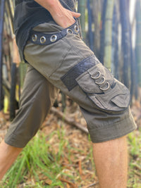 DAKRU Green Cargo Mens Pants Shorts Below Knee Tactical Functional Many Pockets Festival Tribal Nomadic Rave Steampunk Short Trousers AJJAYA