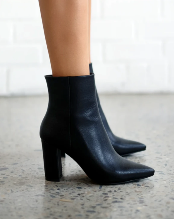 Whitney Boots - Black