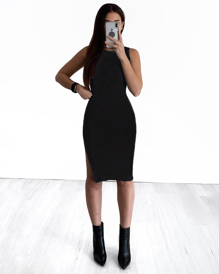 Crew Neck Light Knit Dress - Black | Australia Women's Online Fashion Clothing | Milan The Label