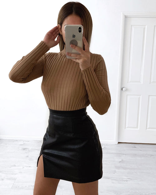 Beauty Leather Skirt - Black