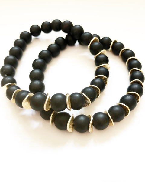 Onyx + Gold Chips Beaded Bracelet