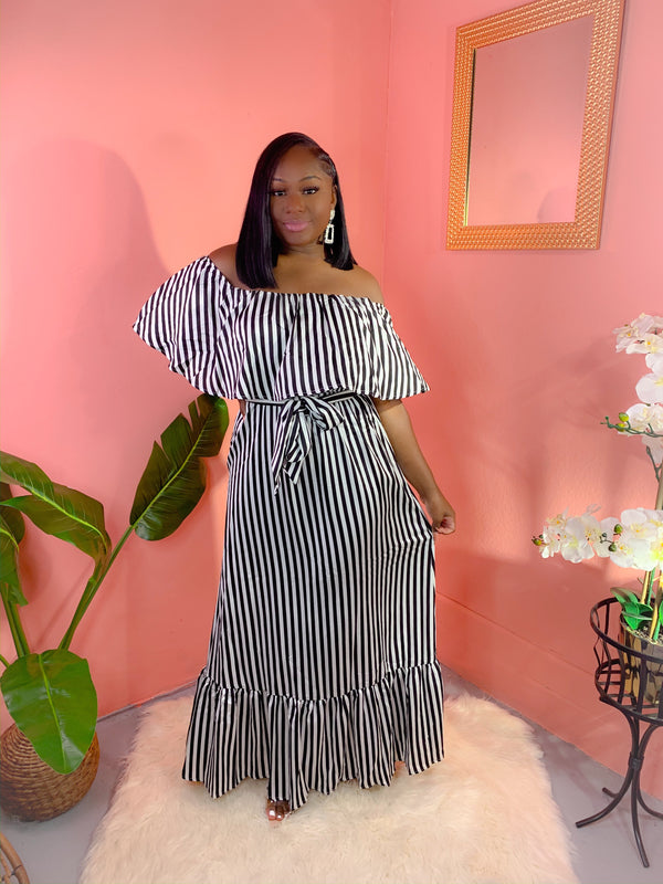 OFF SHOULDER STRIPED MAXI DRESS (BLACK) (FINAL SALE)