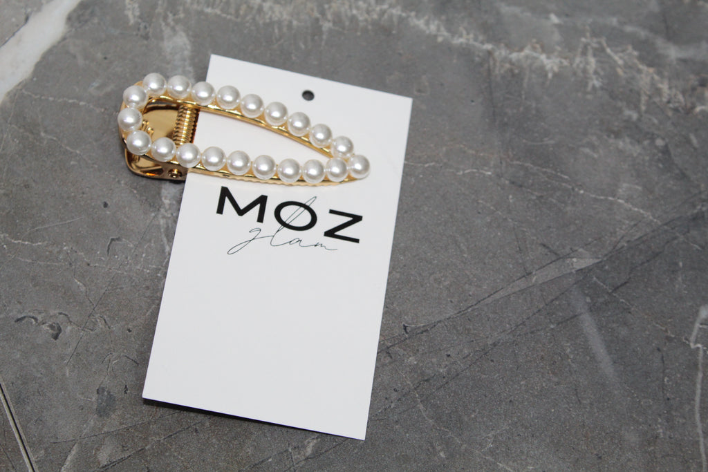 """PEARLS"" HAIR PIN - Moz Glam"