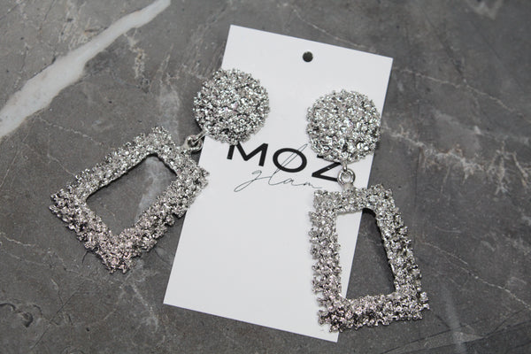 """FOHNA"" SILVER EARRINGS - Moz Glam"