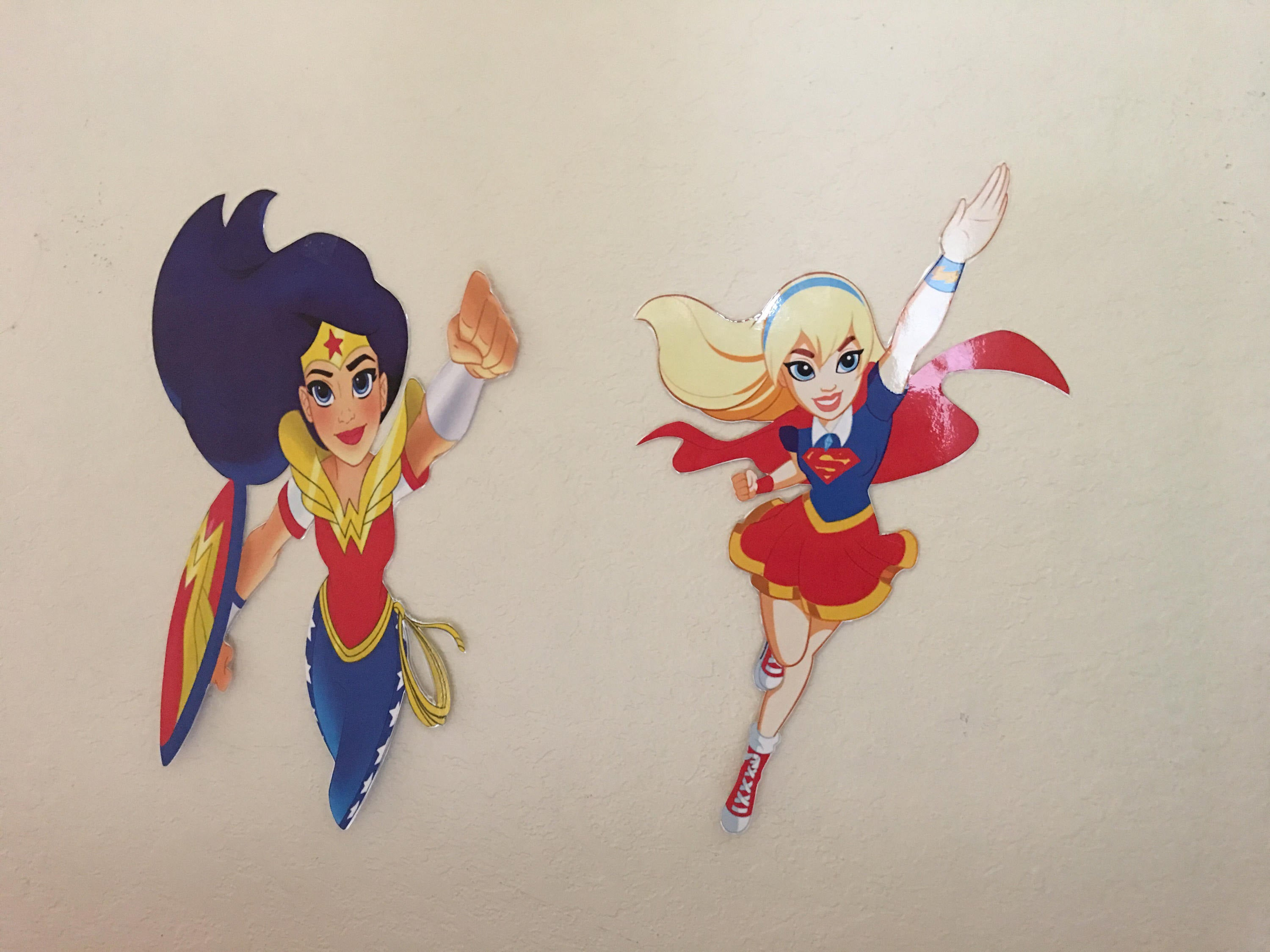 DC superhero girl Cut Outs,11x17,superhero party supplies