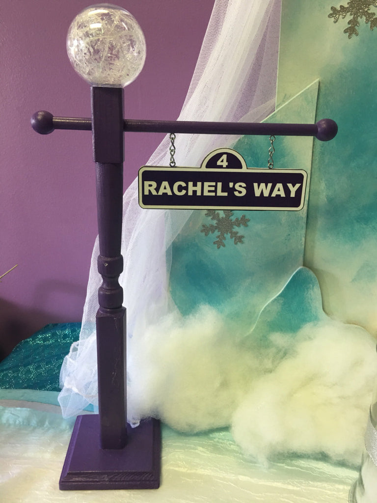 Frozen theme Lamp Post, Frozen Centerpiece, Frozen Party decorations, Frozen party supplies, Frozen party theme