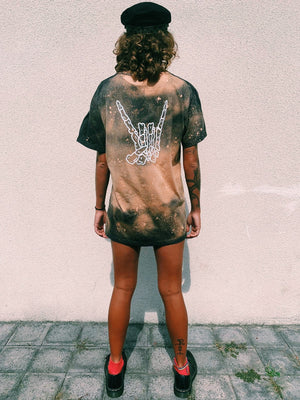 MENTAL MINDS CO LOGO TEE BLEACHED UP EAGLE