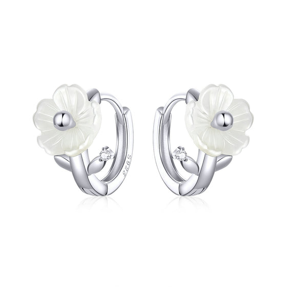 White Shell Flower Tiny Hoop Earrings BSE321 - WOSTU