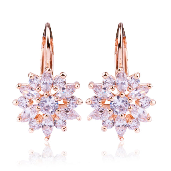 CUBIC ZIRCONIA CHAMPAGNE GOLD FLOWER SNOWFLAKE STUD EARRINGS FOR GILRS SISTERS - WOSTU