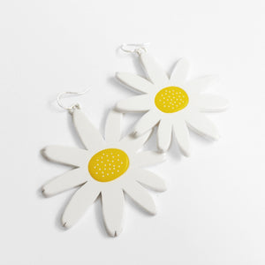 acrylic daisy earrings