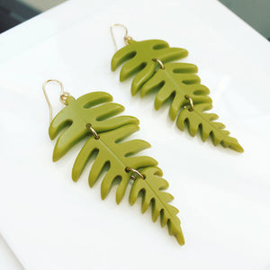 acrylic hinge fern earrings
