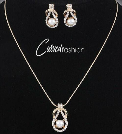 Classy Ivory Sphere Necklace & Earrings Set