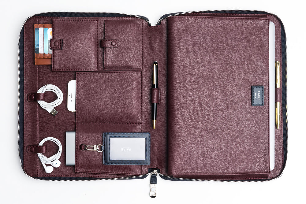 Bond Everyday Padfolio | Leather Tech Organizer