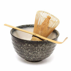 Matcha Gift Set with Organic Matcha, bamboo matcha whisk, bamboo scoop, ceramic chasen bowl