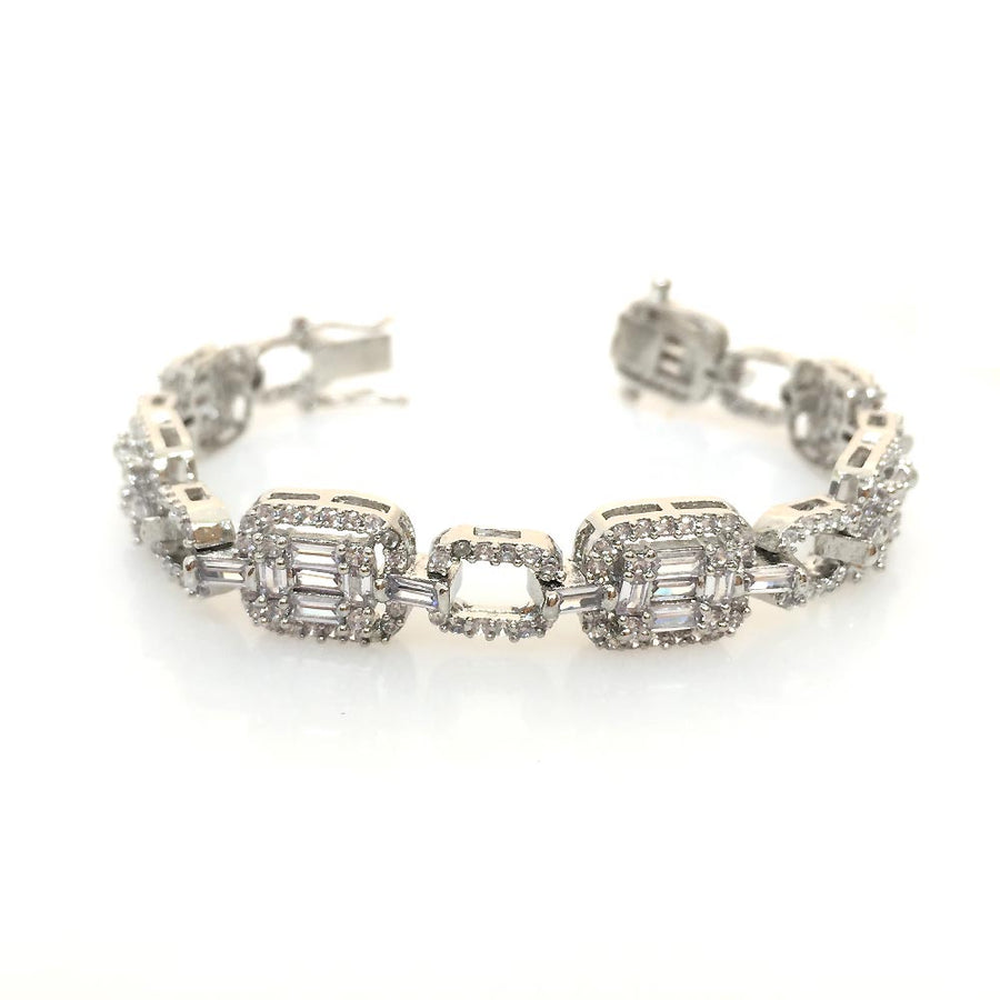 Pretty Invisible Setting Bracelet