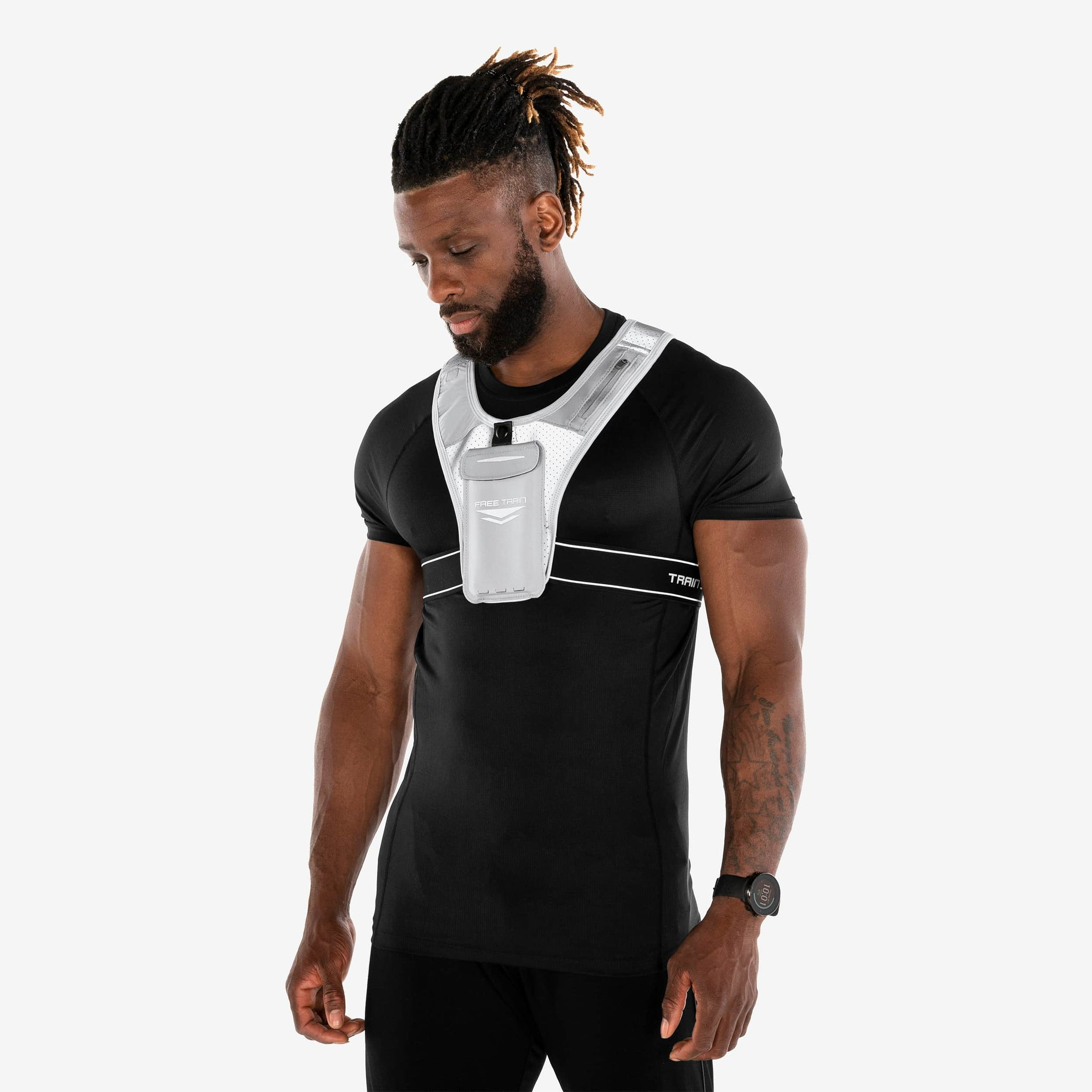 Running vest with pocket