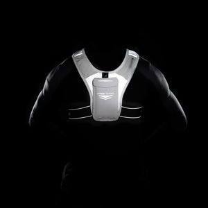 Lightweight running vest with pockets