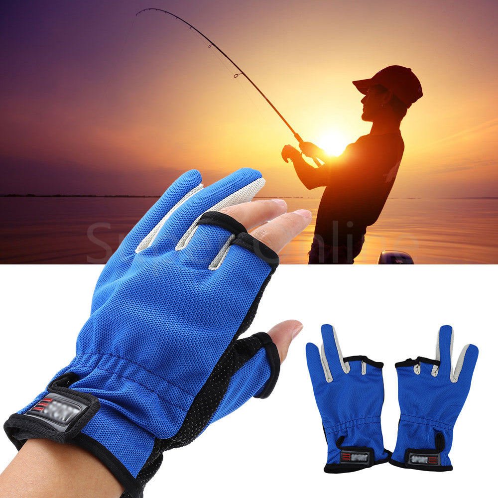 1 Pair 3 Low-Cut Fingers Fishing Glove Anti Slip Skidproof Fishing Rod Tackle Gloves for Fishing Lover 3 Colors