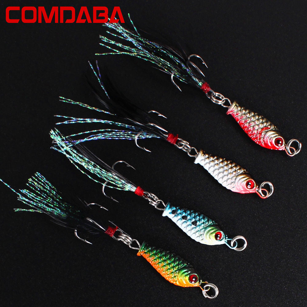 1 pcs 3.2cm/4.7g Small Minnow Metal Fishing Wobblers Crankbait Lure 3d Eyes Baits Artificial Bait With Feather Fishing Tackle