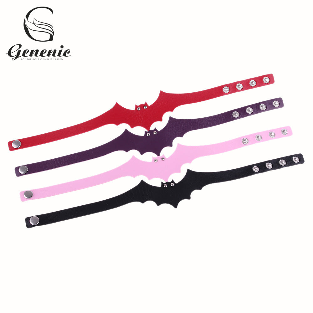 1 Piece Women Fashion Gothic Bat Wings Charm Collar Choker Necklace Synthetic Leather Punk Bib Necklace