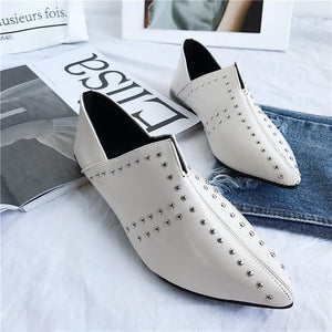 Vintage Plain Rivets Pointed Head  Flat Shoes