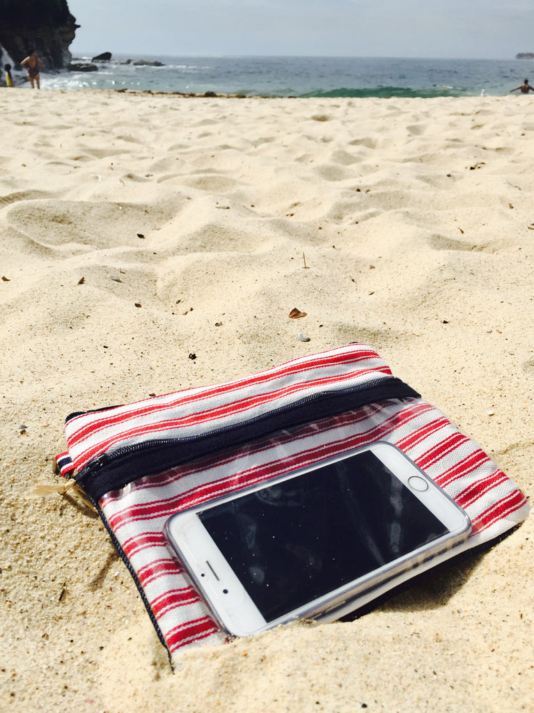 Phone Pockets Guethary - A French Summer