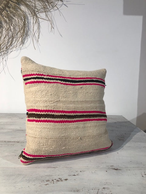 CUSHION - Hadi