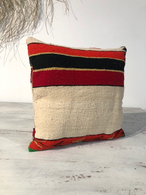 CUSHION - Elim