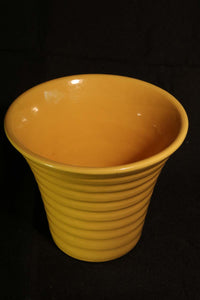 "6"" YELLOW RUFFLE POT"