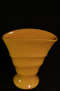 "6"" YELLOW RIBBED FAN VASE"