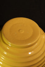LARGE YELLOW BATTER BOWL