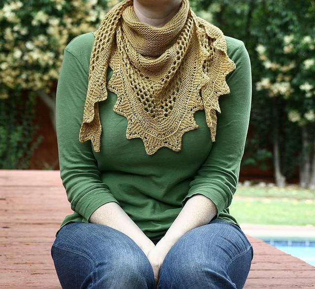 AESTLIGHT SHAWL