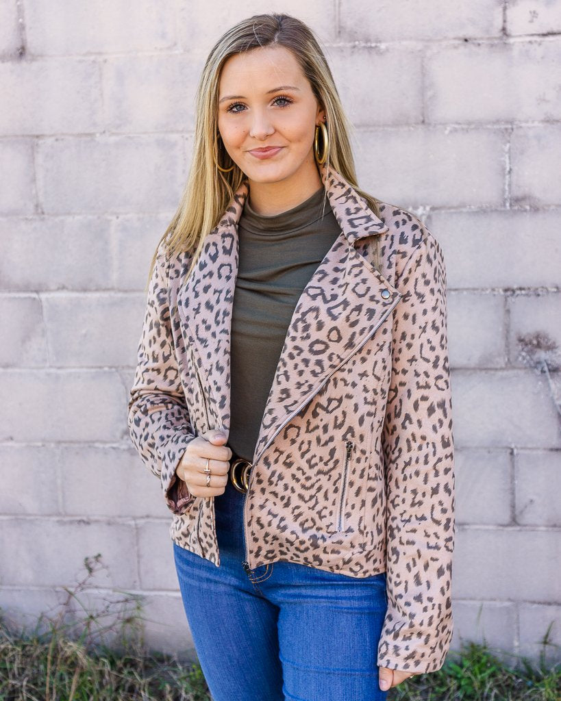 ANDREE BY UNIT Women's Outerwear  Leopard Printed Motto Jacket || David's Clothing
