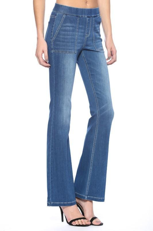 Cello Women's Pants Cello Flare Jeggings Front Surplus Pockets - Medium Wash || David's