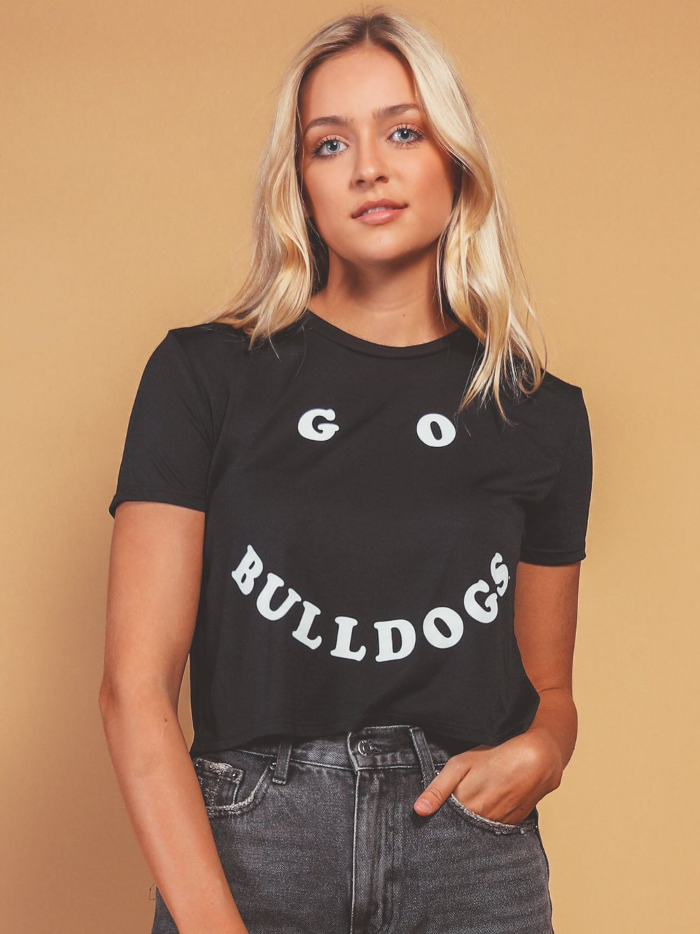 CHARLIE SOUTHERN Women's Tees Charlie Southern Go Bulldogs UGA Cropped Tee || David's Clothing