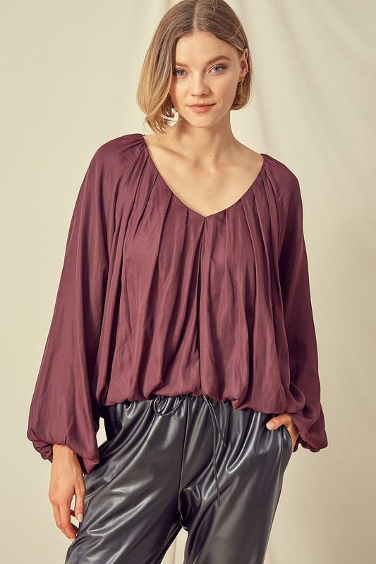 MUSTARD SEED Women's Top S / MERLOT Cropped V-Neck Balloon Sleeve Top || David's Clothing S17331