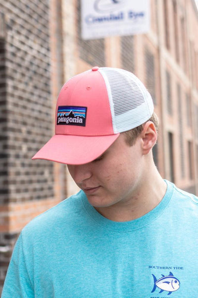 PATAGONIA Men's Hats Patagonia Men's P-6 LoPro Trucker Hat || David's Clothing