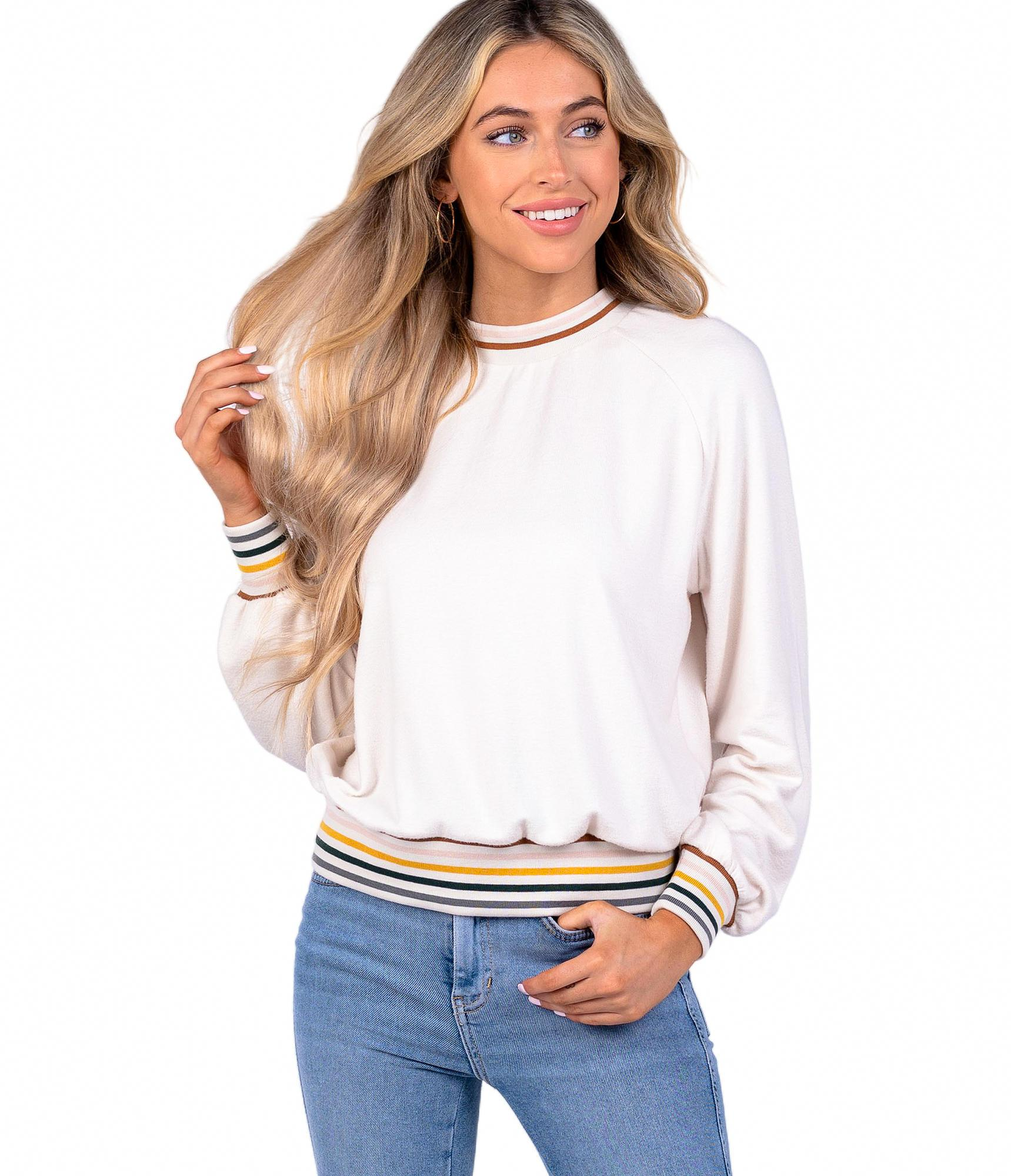 SOUTHERN SHIRT CO. Women's Sweater Southern Shirt Yard Line Sweater || David's Clothing