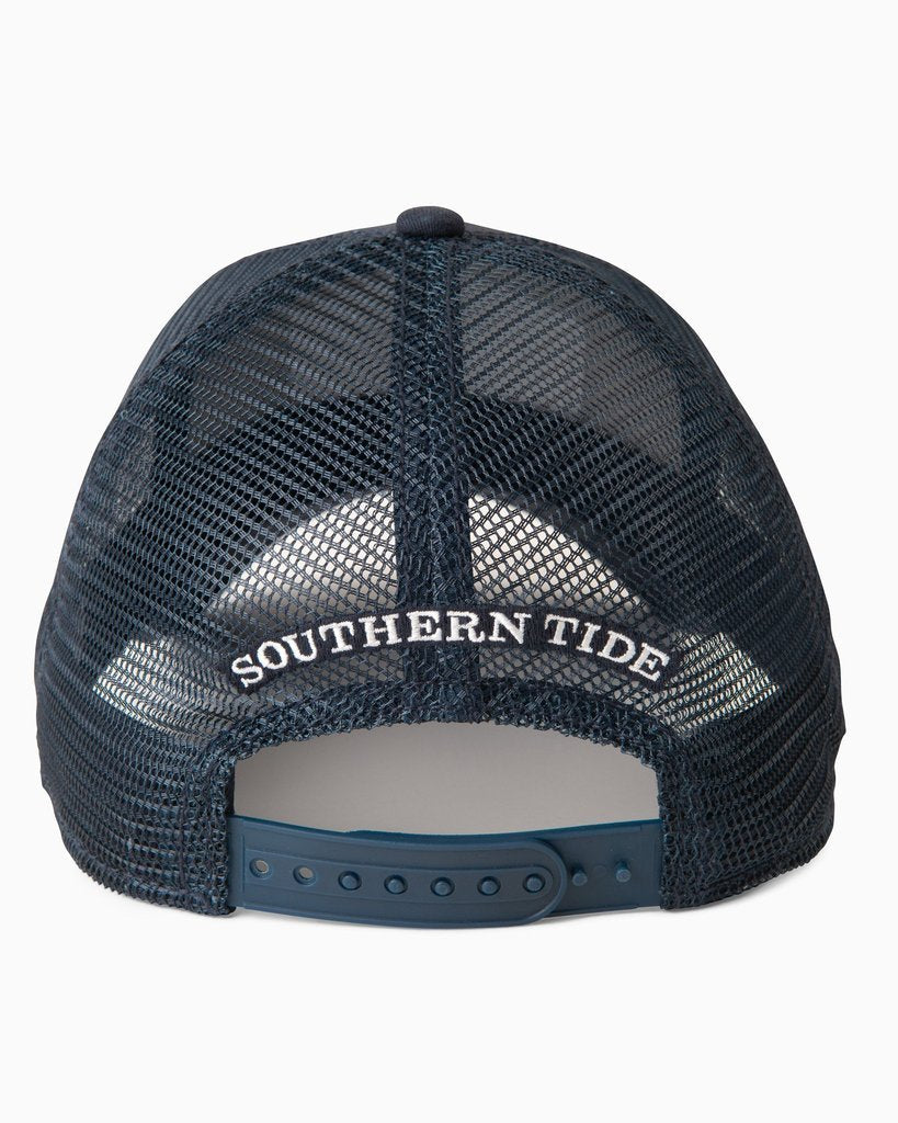 SOUTHERN TIDE Men's Hats TRUE NAVY / one size Southern Tide Skipjack Jay Patch Trucker Hat || David's Clothing 66011429