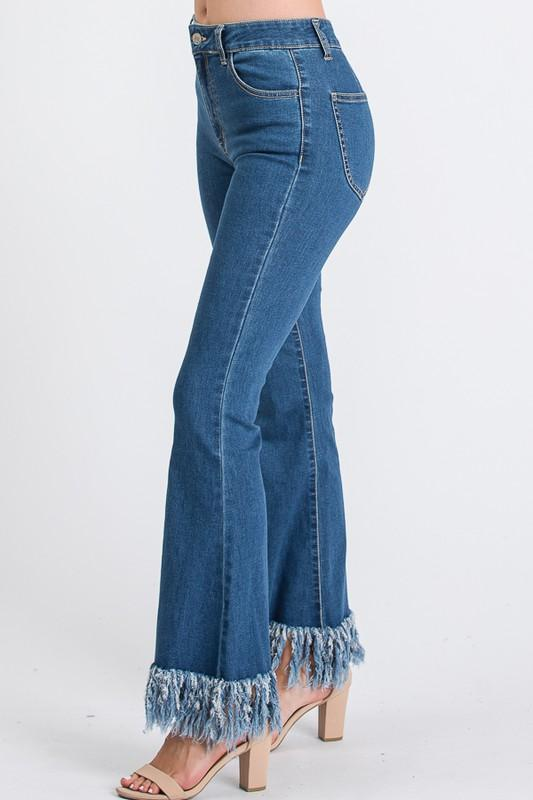 UNIQUE WEAR Women's Pants Frayed Fringes Bottom Detailed Flared Jean || David's Clothing