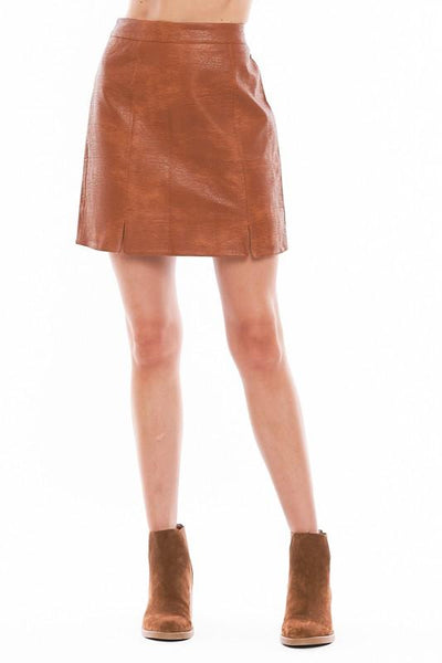 VERY J Women's Skirts CAMEL / S Faux Leather Mini Skirt || David's Clothing LS60615