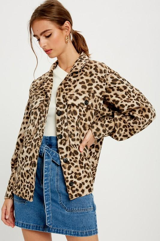 WISHLIST Women's Outerwear Leopard Twin Flap Pockets Jacket || David's Clothing
