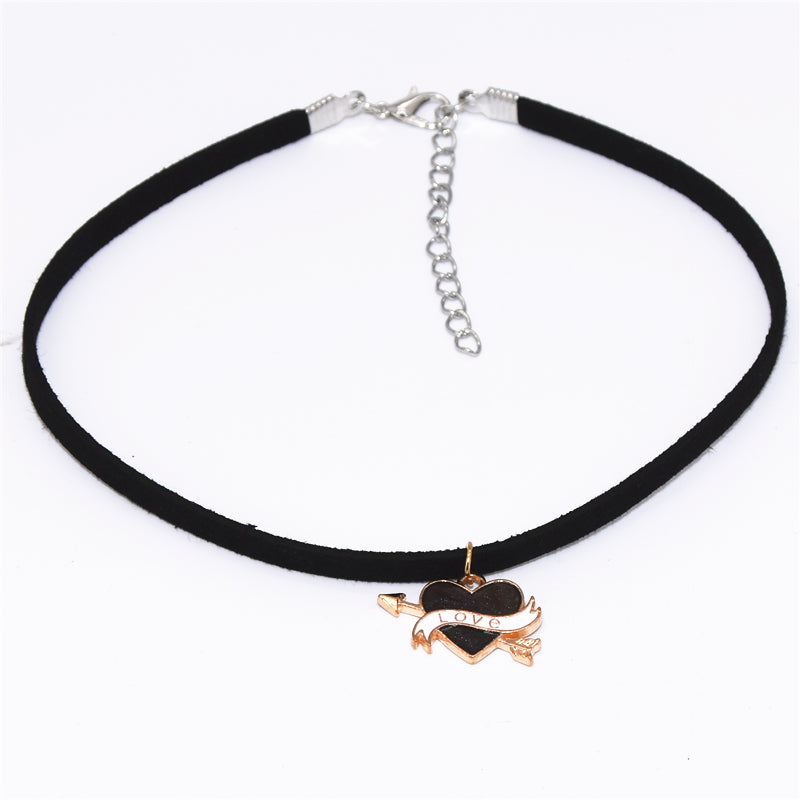 Black Velvet Heart Arrows Necklace - 30% OFF + FREESHIPPING - The Creative Booth