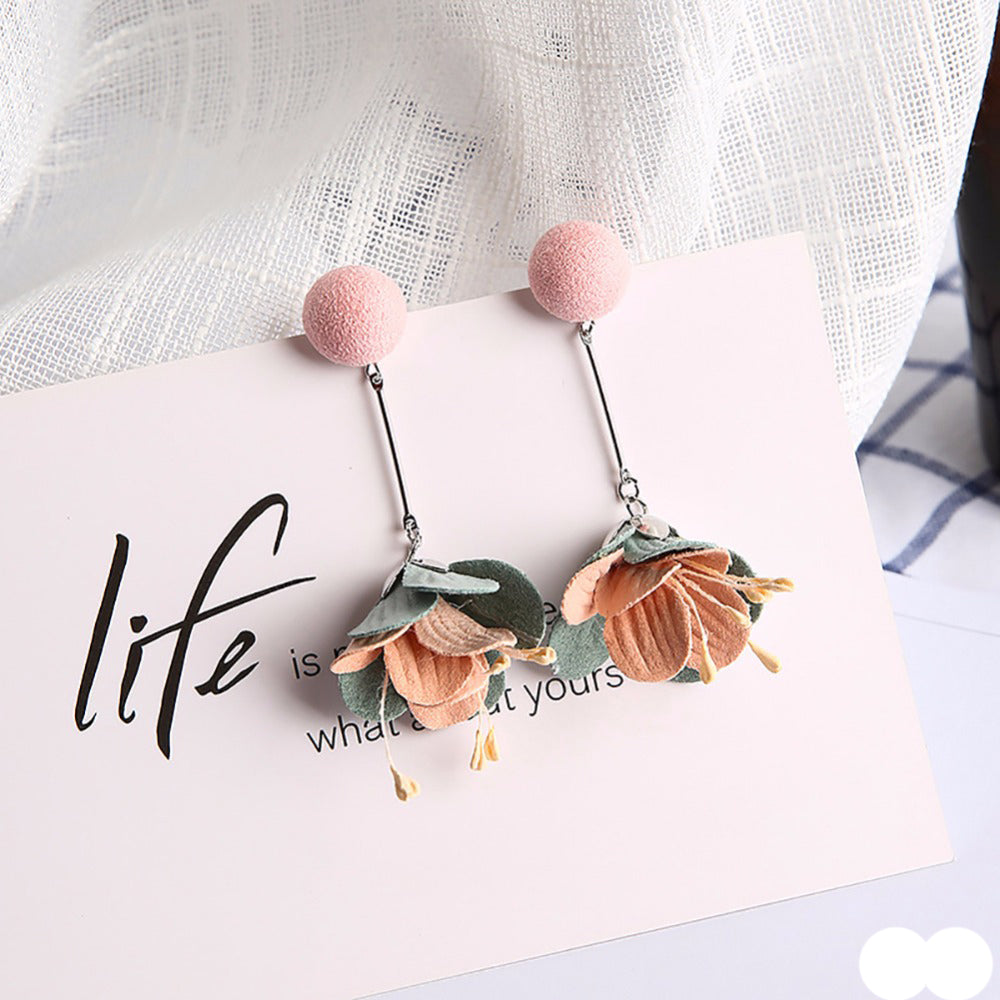 Elegant Boho Flower Earrings - The Creative Booth