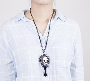 Skeleton Magic Mirror Necklace - 35% Off