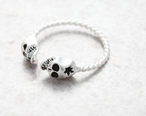 Adjustable Tiny Evil Skull Ring - The Creative Booth