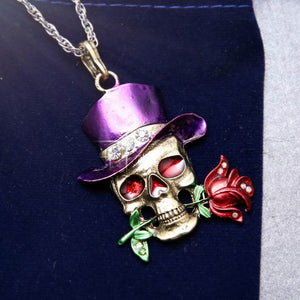 Fancy Skull Hats and Roses Necklace - The Creative Booth
