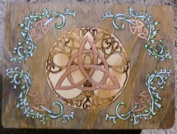 Twining Vine Triquetra Altar Table